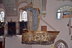 Międzylesie kościół Bożego Ciała.Ambona w kształcie łodzi.fot.Krzysztof Góralski