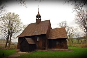 Sudeckie drewniane kościółki-Rybnica Leśna fot.Krzysztof Góralski